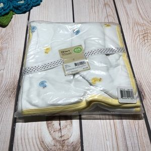 Carter's baby's lightweight duck blanket